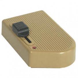 Lampen Schnur Fußdimmer, 60 - 300W, gold für HV Halogen / Glühlampen